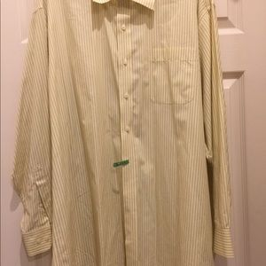 NAUTICA Yellow Man's button down Shirt